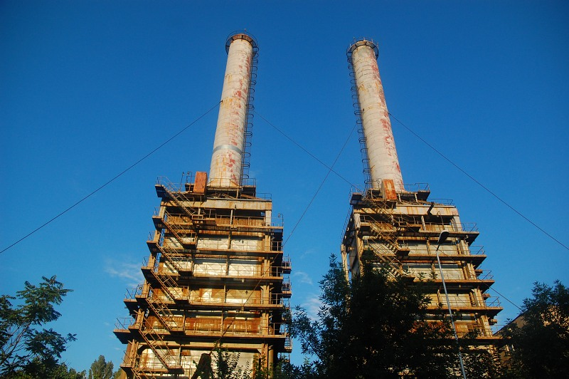 Coal power plant chimneys