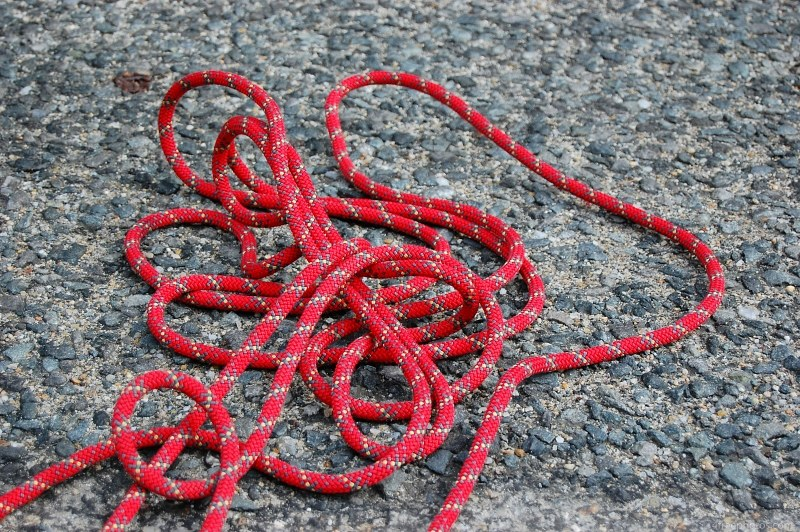 Entangled climbing rope