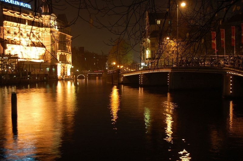 Amsteradam channel at night