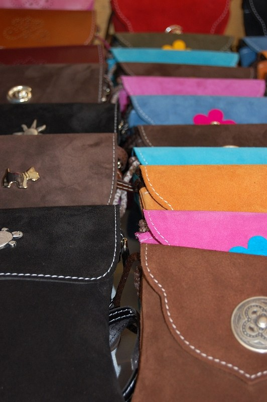 Leather purses for sale