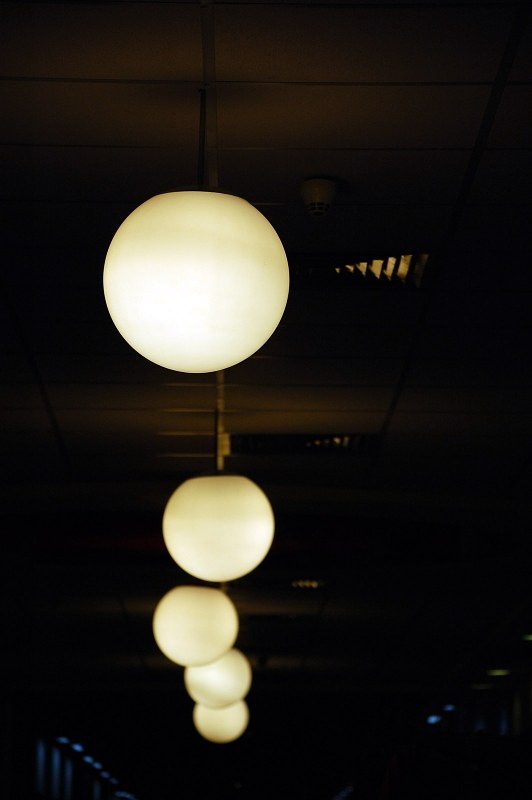 Array of light globes