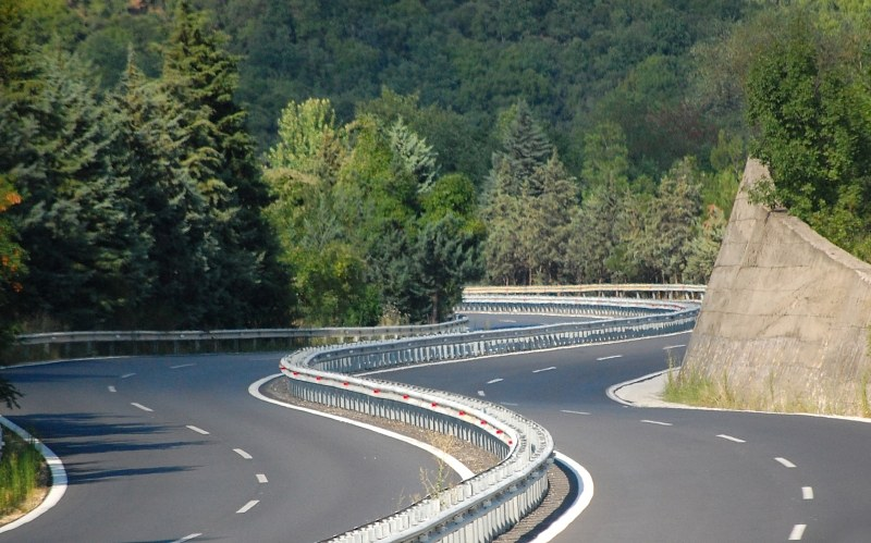 Curve in a highway