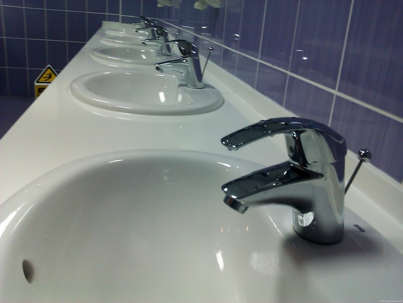 Sinks in washroom