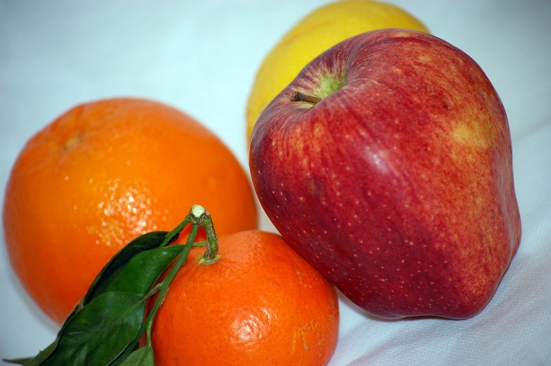 Apple orange and mandarine