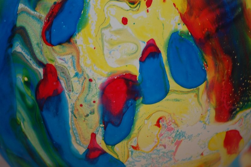 Multicolored balloon