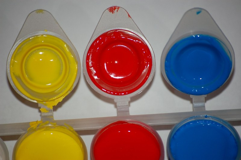 Red blue and yellow paint