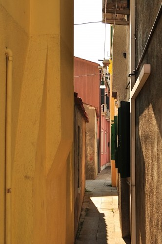 Gasse in Burano