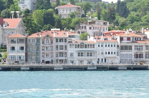 Turkish river side houses