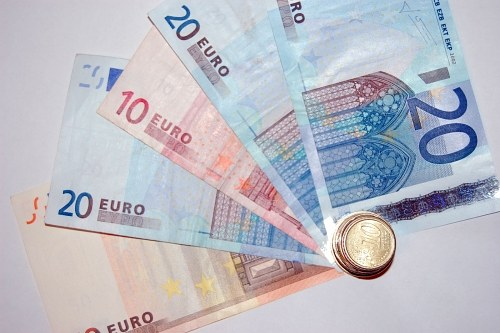 Eurocent stack to view