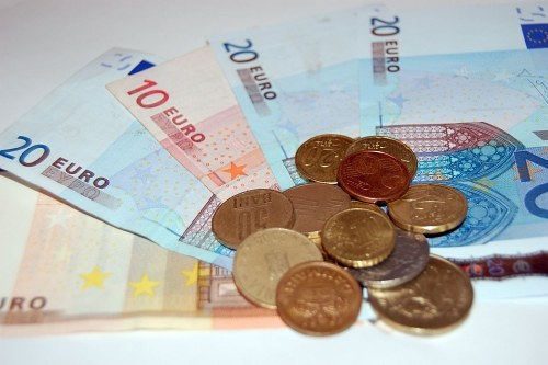 Free photos: Eurocents and euro banknotes