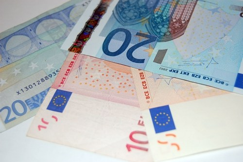 Mixed euro banknotes
