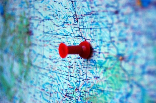 Red pin on a US map