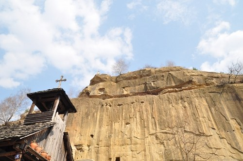 Free photos: Church in a canyon