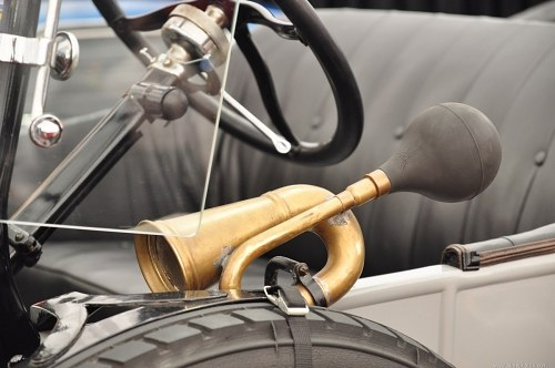 Free photos: Classic car horn