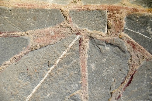 Cracked  stone tiling
