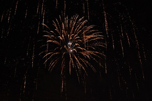 Free photos: Explosión de fuegos artificiales