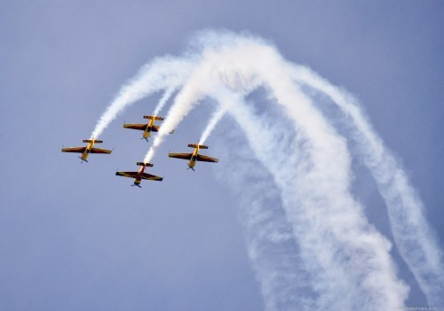 Formation flying at airshow