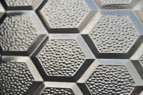 Glass honeycomb pattern