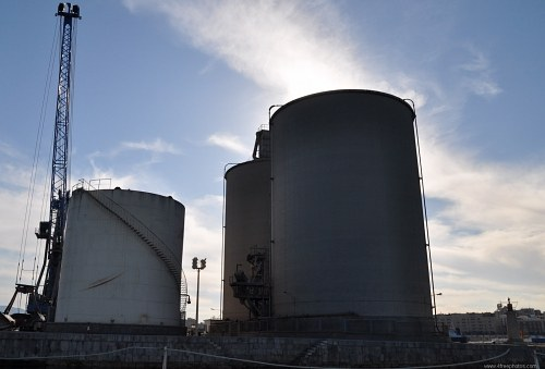 Large storage tanks