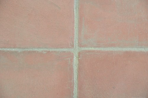 Pavement tile join