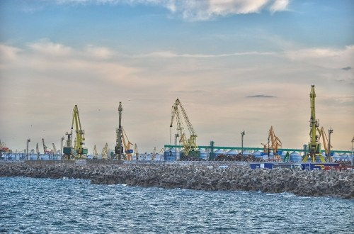 Free photos: Gru e mare Port