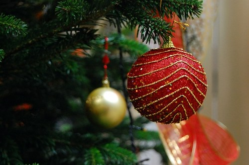 Free photos: Red Christmas globe
