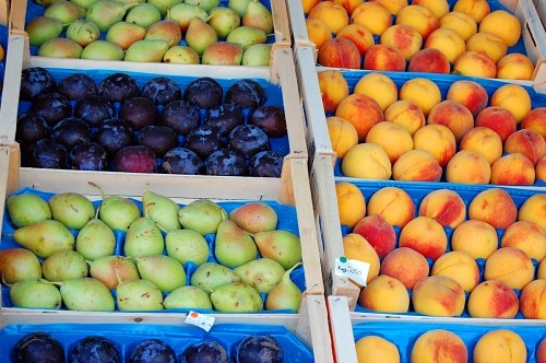 Summer fruits in market