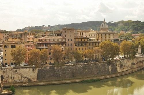 Tiber river banks
