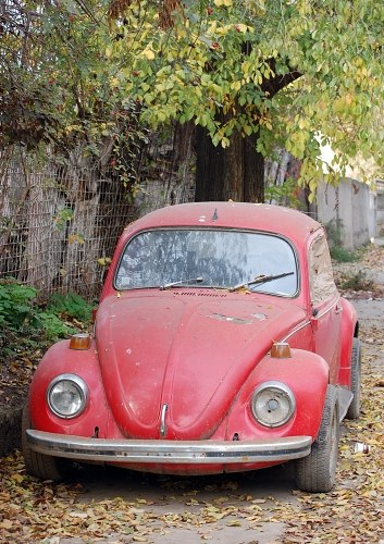 Free photos: Vieille voiture rouge
